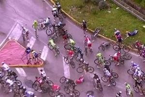 caduta Giro d'Italia 2014